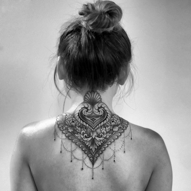 tattoo on the back of the neck 16