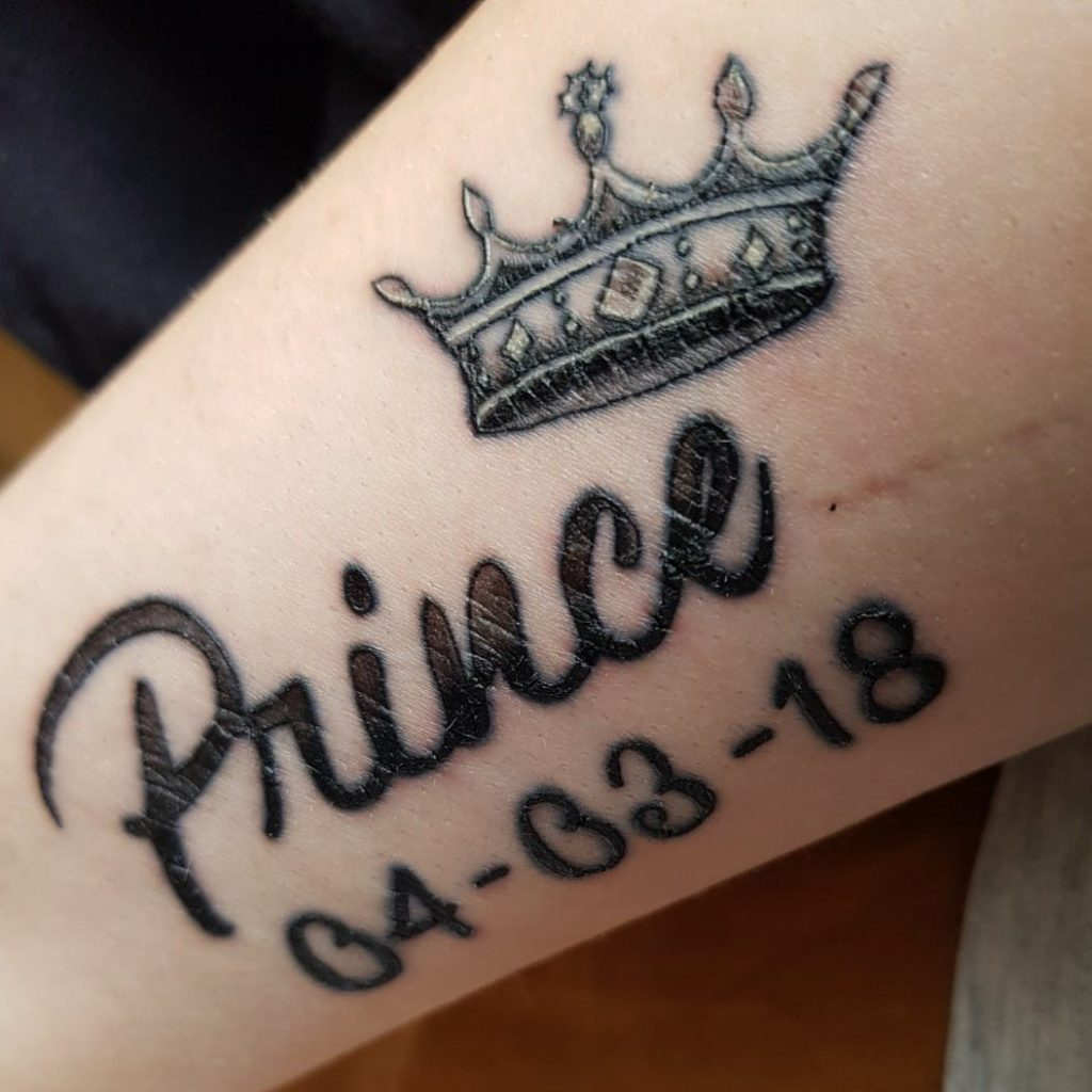 Best crown tattoo design