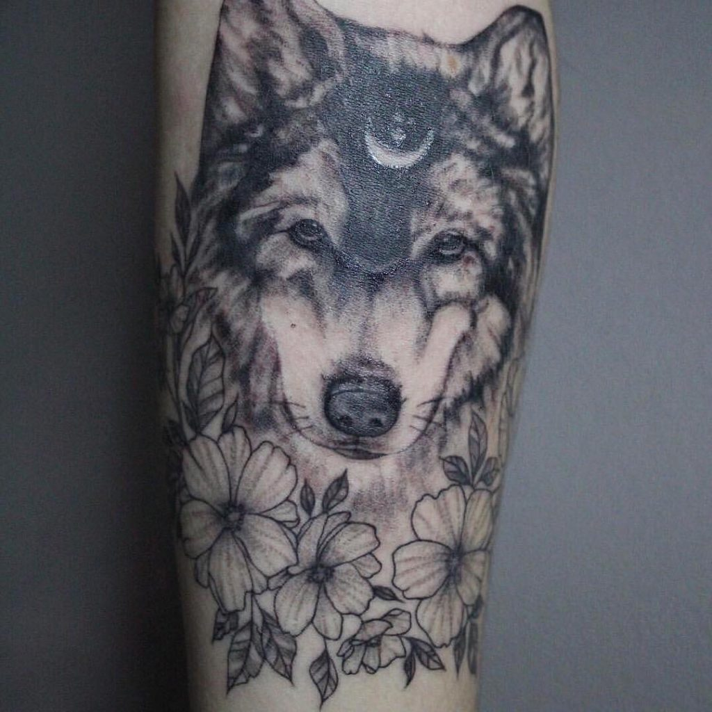 wolf tattoo design 1